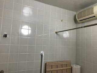 AFTER きれいになった浴室天井